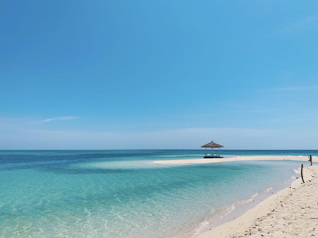 アイランドホッピング「天国に一番近い島」秘境パンダノン島の白い砂浜&シュノーケル<日本語ガイド/GoProレンタル>