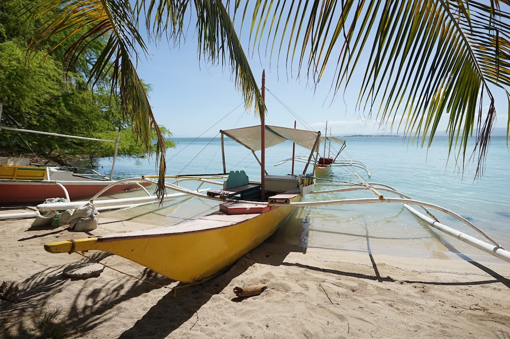 アイランドホッピング 何もなくて豊かな島 カオハガン島の海洋保護区シュノーケリング&現地散策も<日本語ガイド/GoProレンタル>